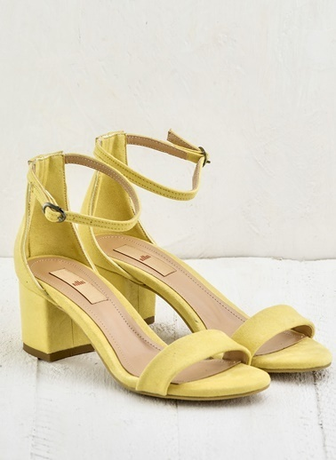Elle Kalın Topuklu Sandalet Sarı